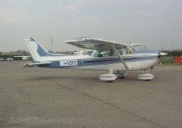 Cessna 172 matricola I-AGFE